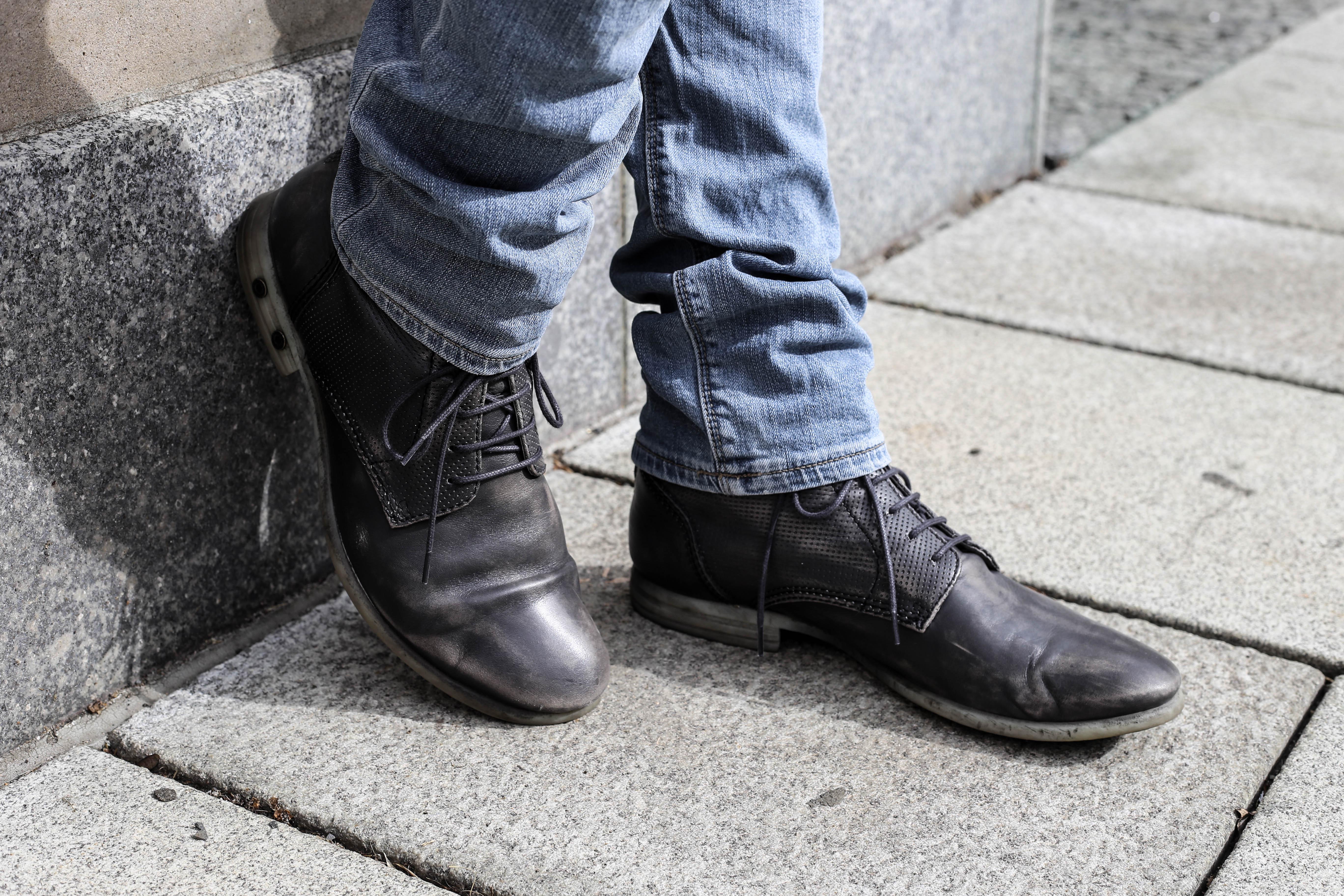 schwarze-jeansjacke-menfashion-streetstyle-maennerblog-fashionlook-outfit-casual-berlin_3636