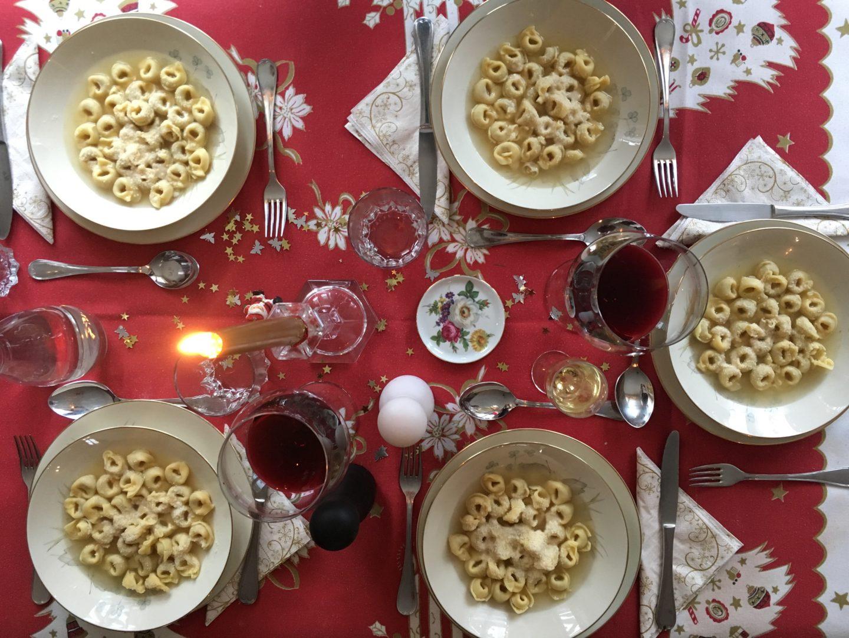 lifestyle italienisches weihnachtsessen essen weihnachten. Black Bedroom Furniture Sets. Home Design Ideas