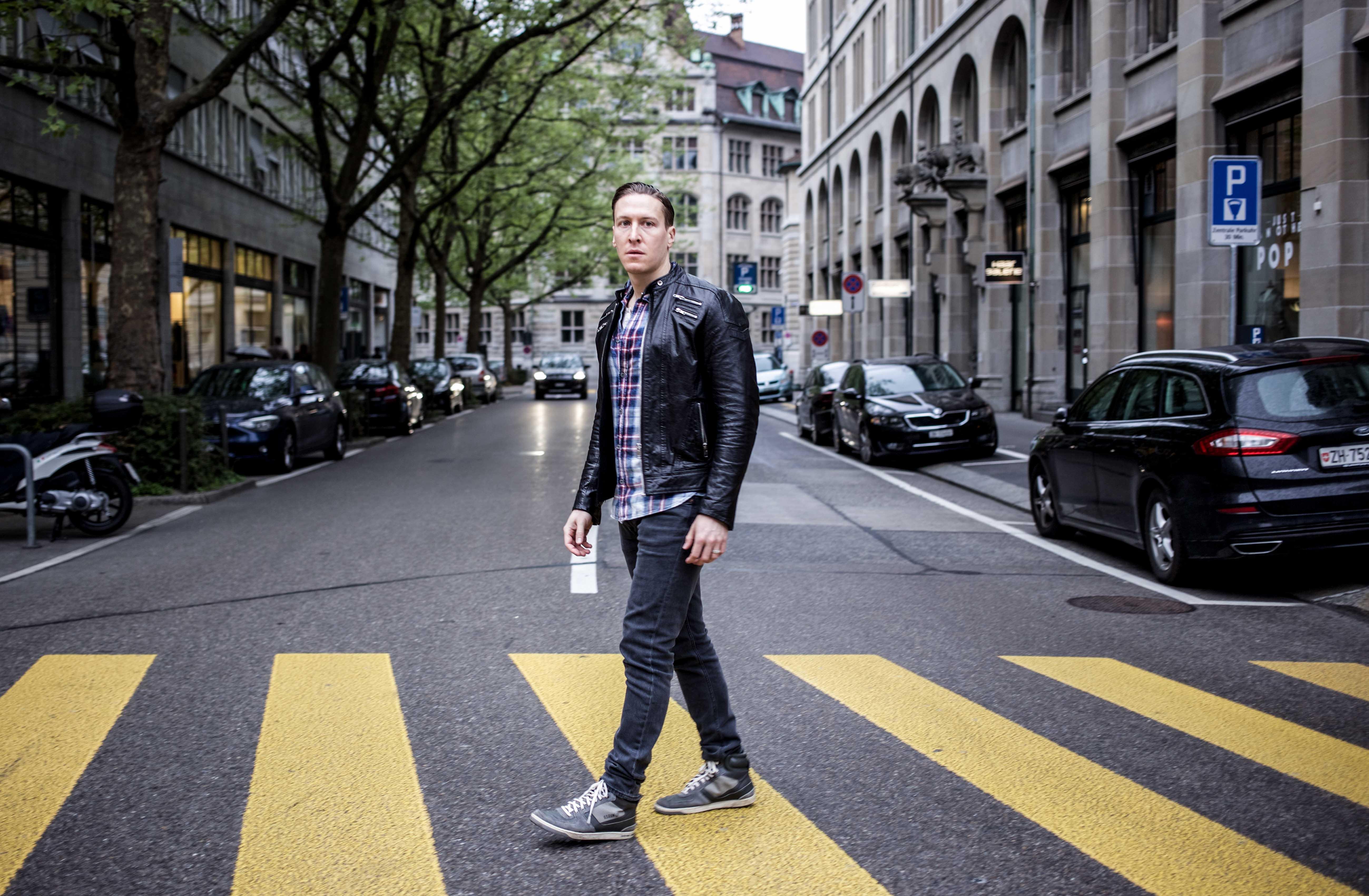 zürich-casual-streetstyle-lässig-lederjacke-mensfashion_7689