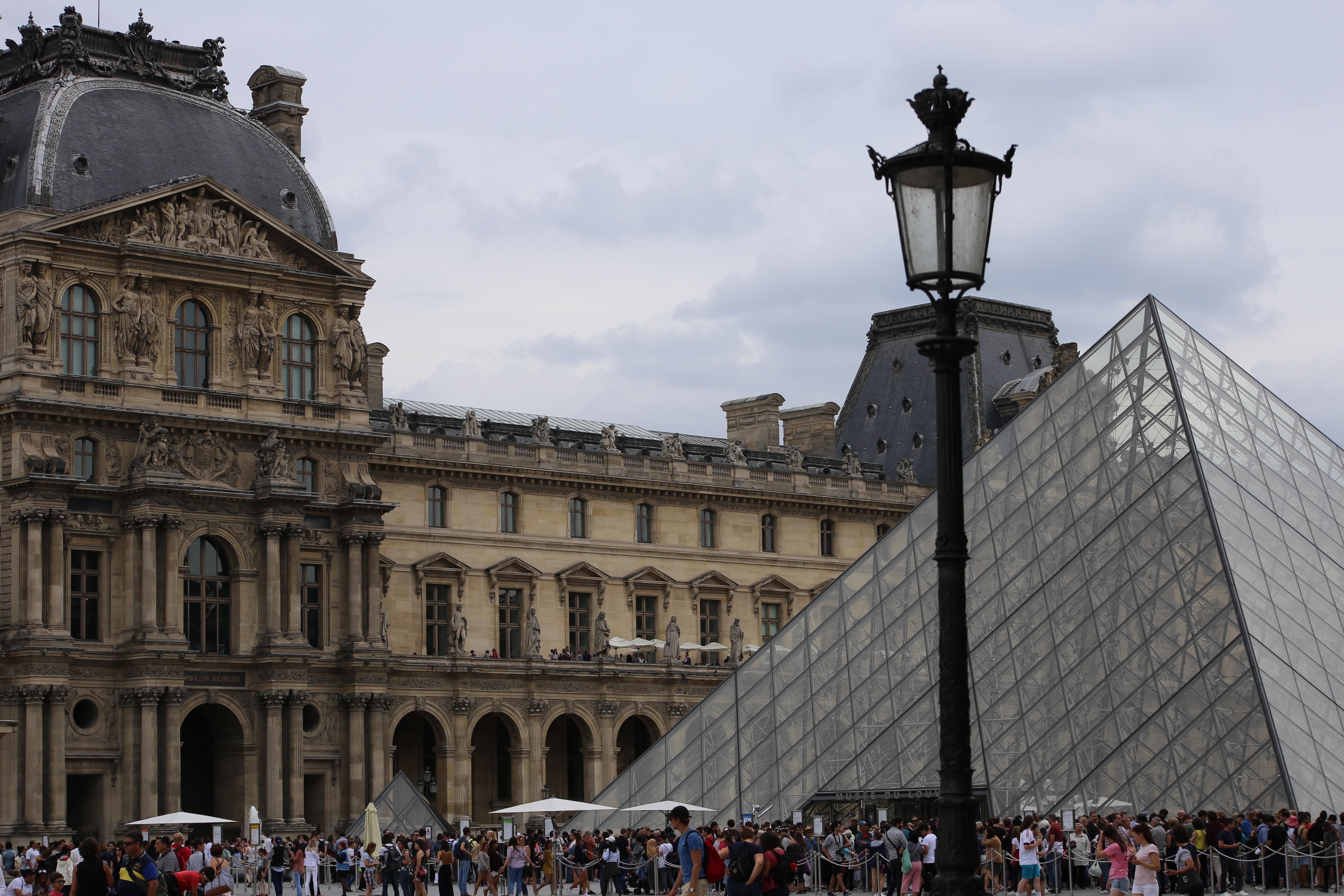 louvre-wochenende-in-paris-reiseblogger-tipps-reiseübelkeit-reisen-frankreich