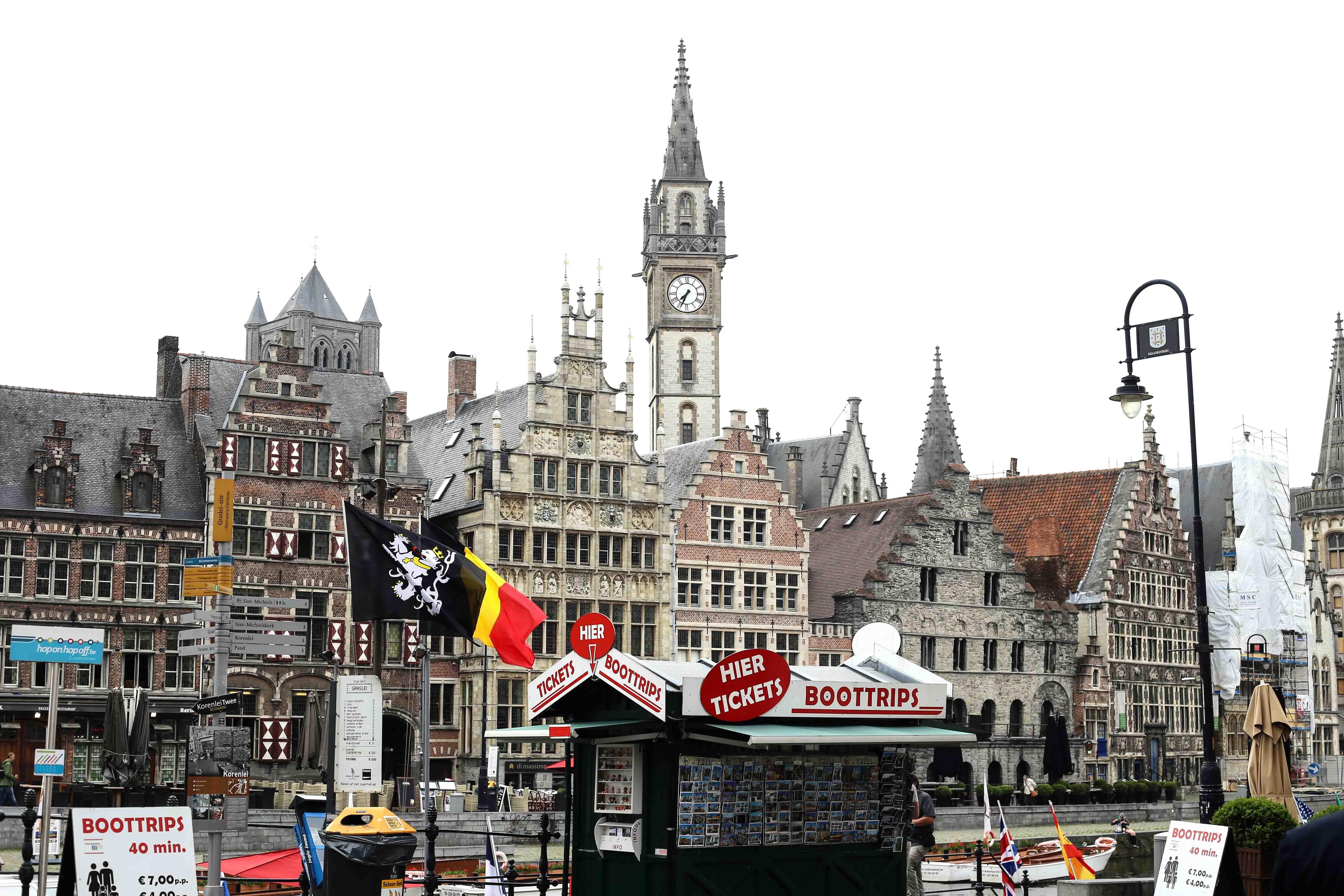 Gent-Kurztrip-Empfehlung-Sehenswürdigkeiten-Kanäle-Reiseblog-Belgien-graslei-korenlei