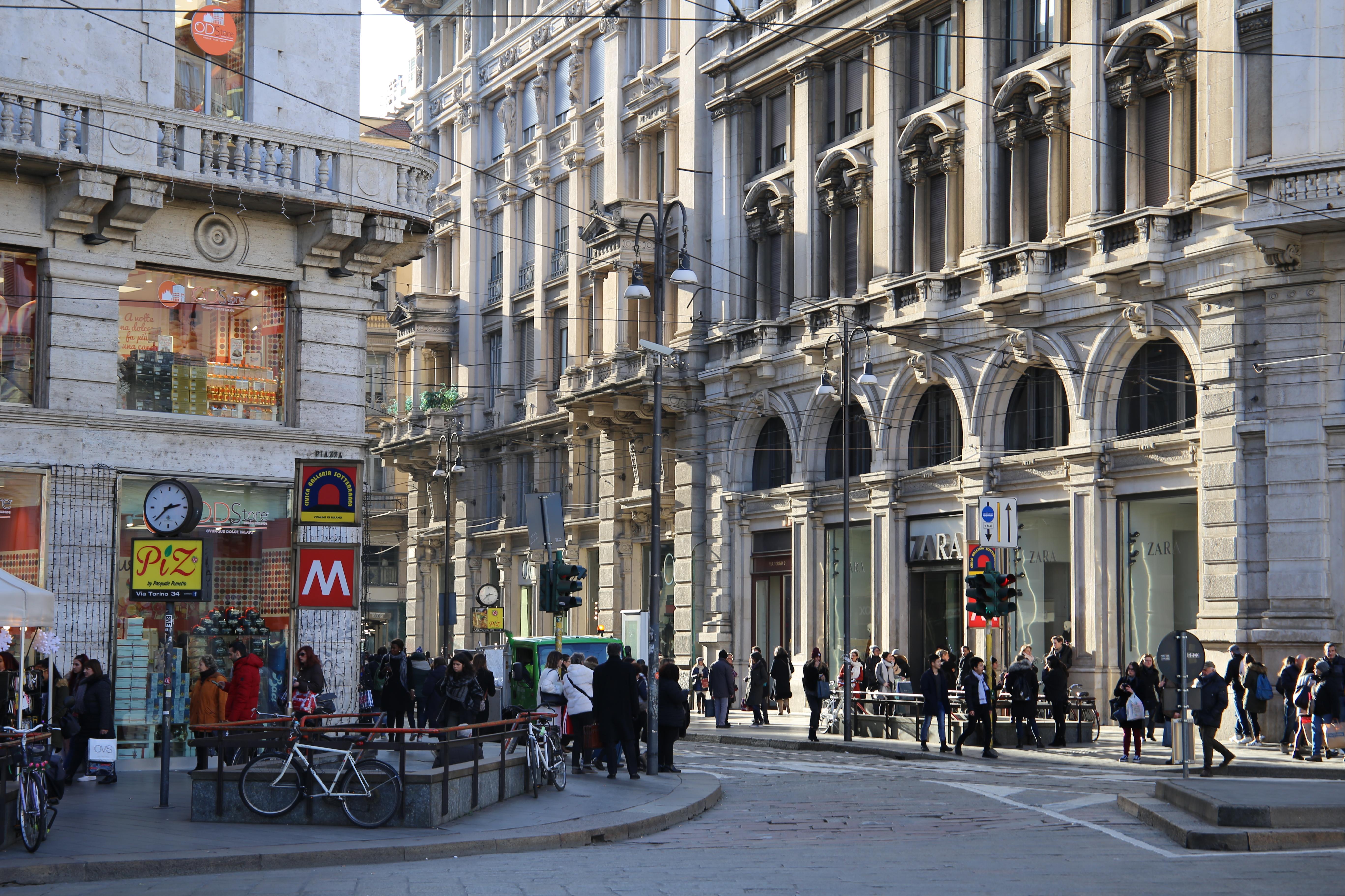 Via_Torino_Mailand_Shoppen_Einkaufen_Geschäfte_Straße_Shopping_Guide