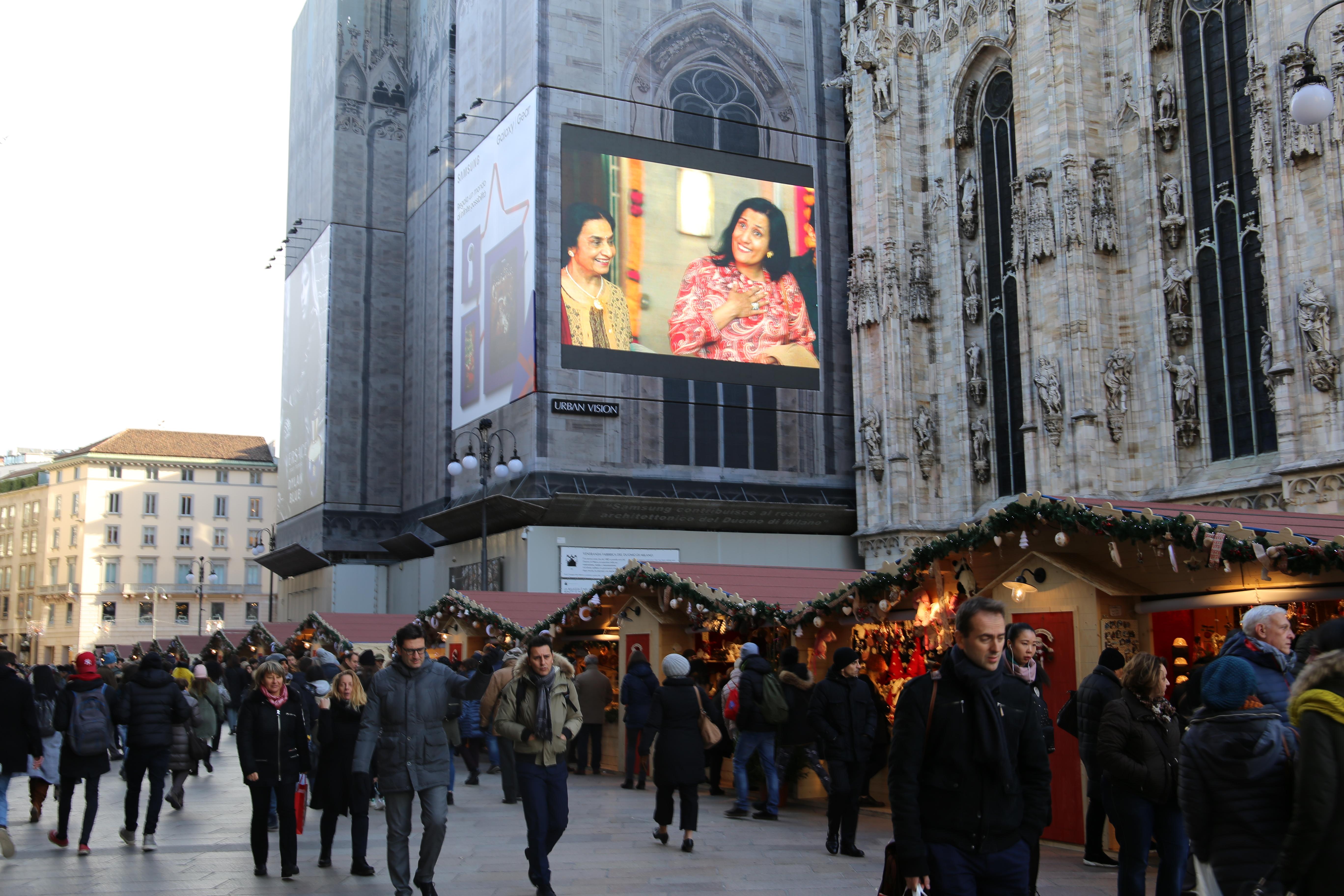 WeihnachtsmarktMailand_Dom_Shoppen_Mailand