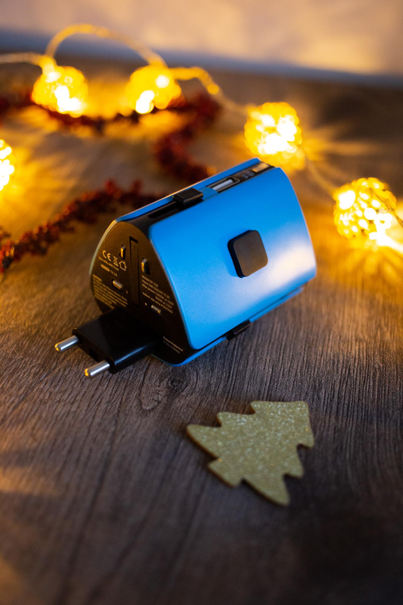weihnachtsgeschenke-fuer-maenner-weihnachtsgeschenk-mann-steckdose